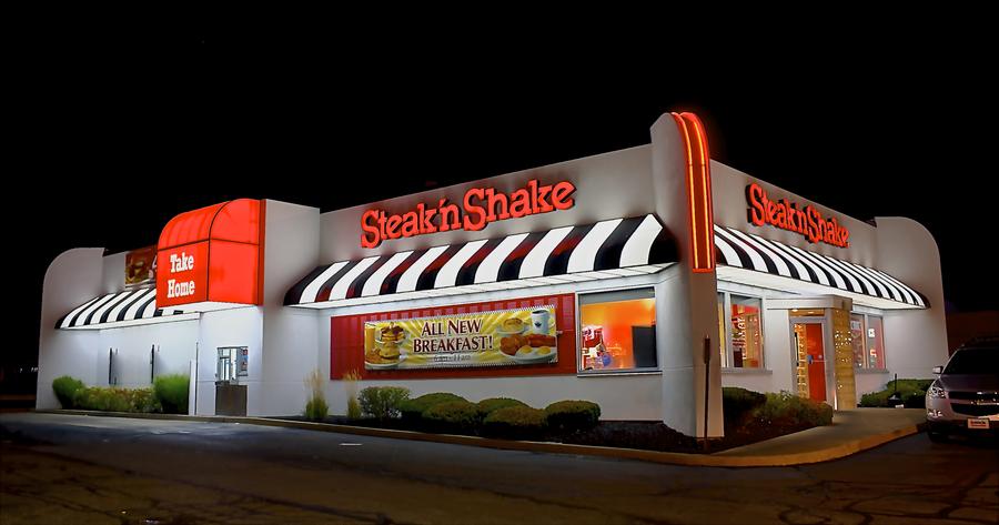 steak-n-shake-at-night
